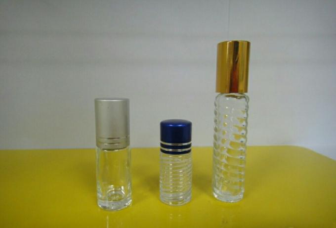 Máquina de etiquetaxe automática de botellas redondas pequenas automáticas para adhesivo autoadhesivo