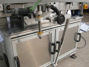 Etiquetadora automática de botellas redondas para cola non seca, caixa de madeira / etiquetadora de embalaxe de exportación para CE