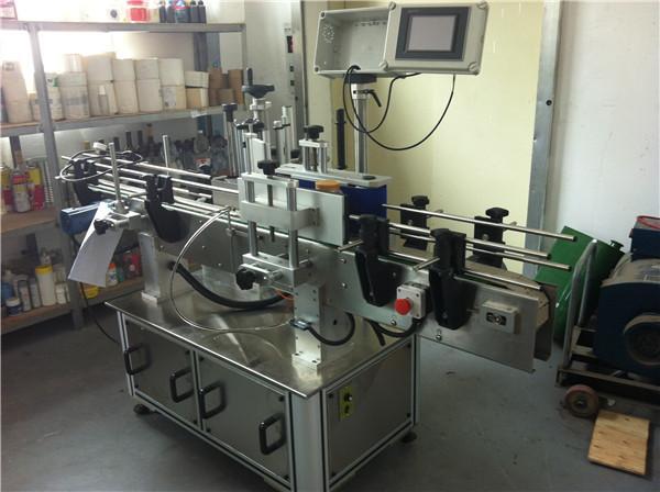 Aplicador de etiqueta de etiqueta de velocidade de 45 m / min para botellas de auga cadradas / redondas / planas
