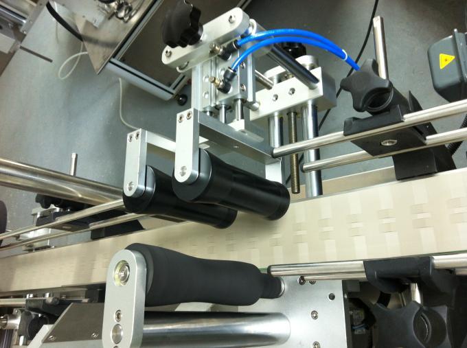Máquina de etiquetaxe de etiquetas autoadhesivas para botellas de vidro, máquina de etiquetaxe de tarro de vidro