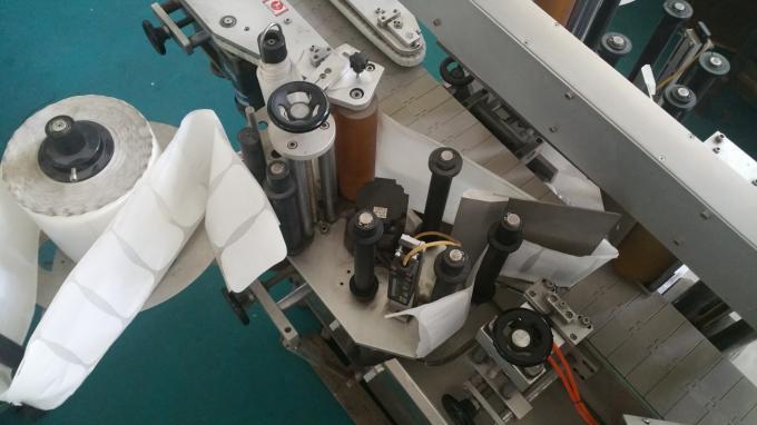Aplicador de etiquetas de bolsas e botellas ovaladas, máquina de impresión de etiquetas autoadhesivas con transportador longo