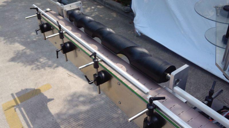 Máquina de etiquetaxe de botellas redondas de China para o provedor autoadhesivo de prezo de fábrica usado