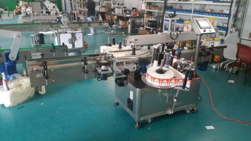 China Etiquetadora de botellas automática Máquina de etiquetaxe de adhesivo dobre lateral para bolsas de pé provedor