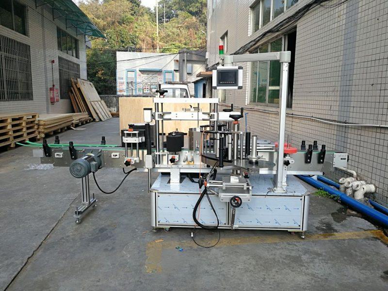 Proveedor de etiquetaxe automático de botellas planas de China integrado por diante e por detrás